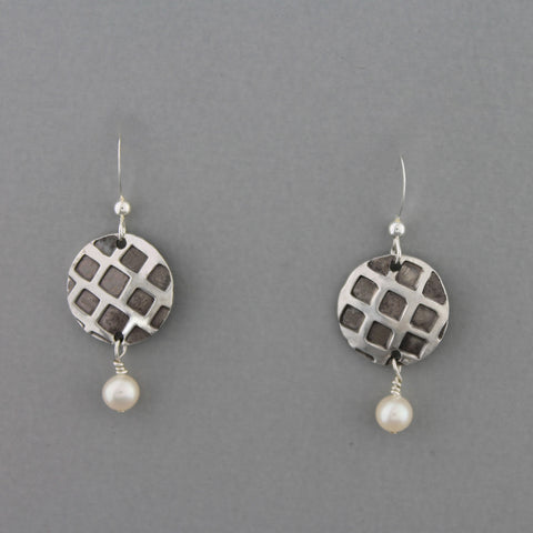 Eclipse (Pearl) - Earrings