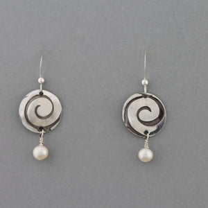 Luna (Pearl) - Earrings