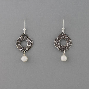 Pearl Drop - Earrings