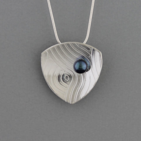 Quasar - Necklace