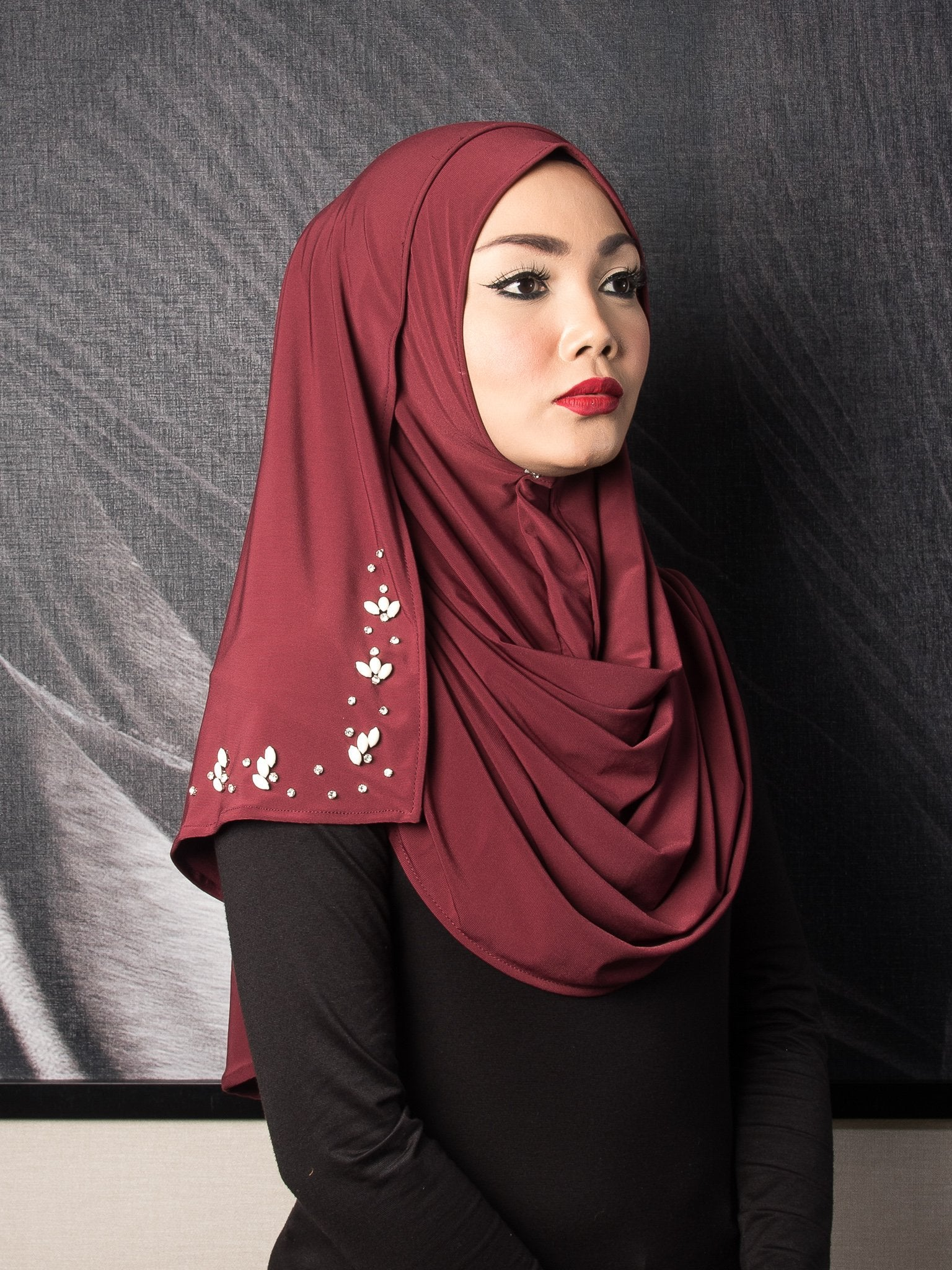 Mini Flowers Instant Shawl - Red Wine