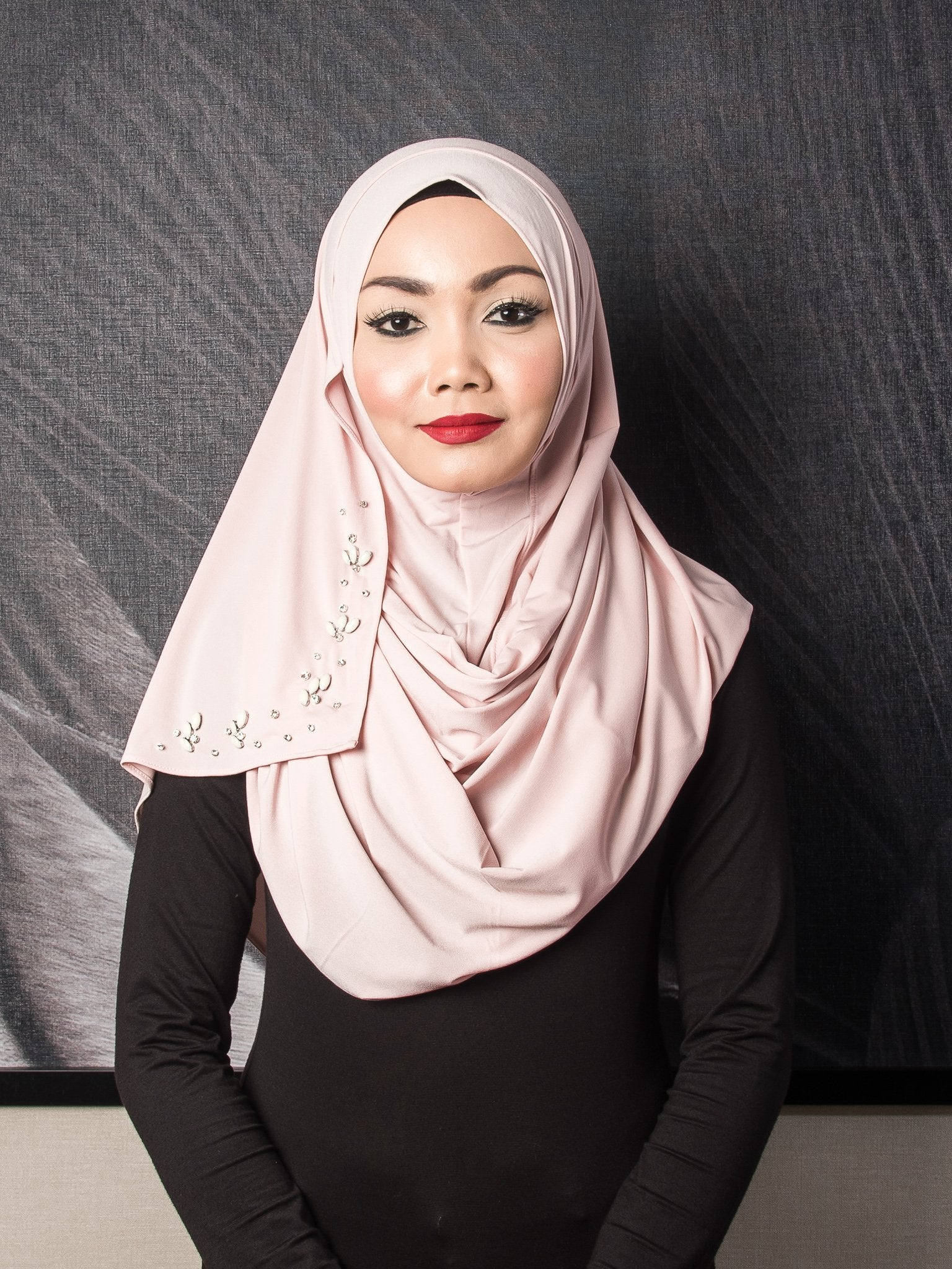 Beads Instant Shawl - Salmon