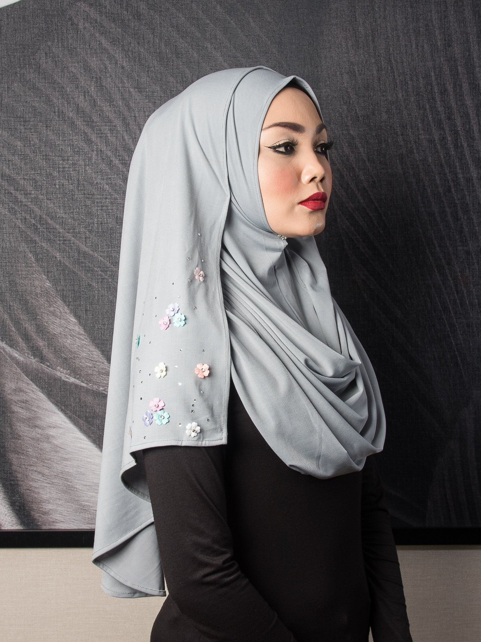 Mini Flowers Instant Shawl - Warm Grey