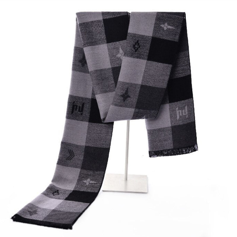 Pologize™ Plaid Design Scarf
