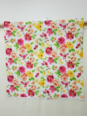 Bright Flowers on White Fabric (28cm²) - Lori's Fabrics & Quilts