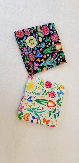 Butterflies and Floral - Set of 2 pieces (18cm² each) - Lori's Fabrics & Quilts