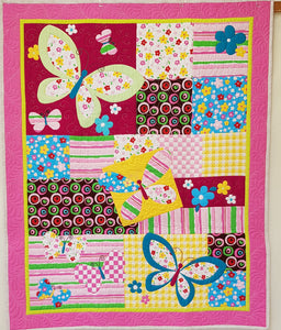 Butterflies and Flowers Cot Quilt (86x105cm) - Lori's Fabrics & Quilts