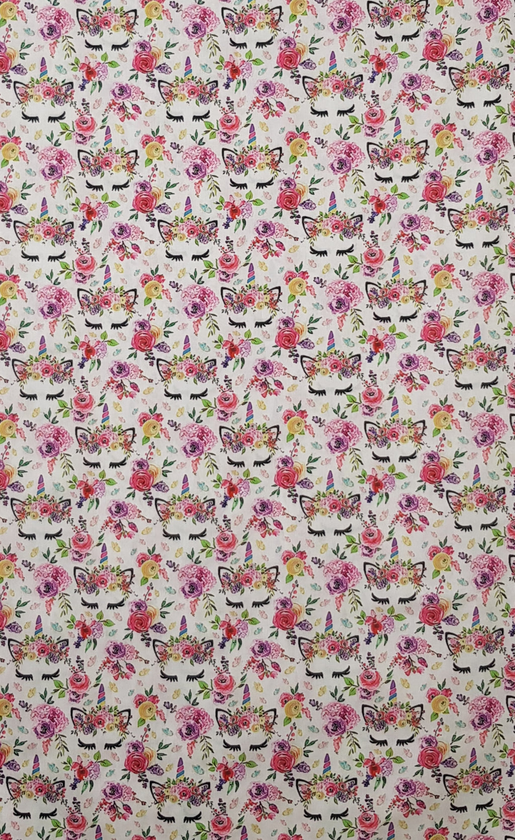 Kitty Cat Eyelashes (1.4m x 1.0m) - Lori's Fabrics & Quilts