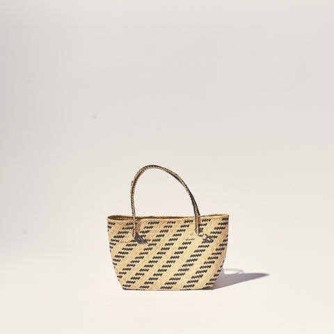 MARKET STRAW BASKET