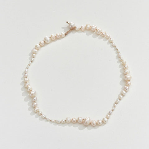 FRESHWATER PEARL NECKLACE - NUDE