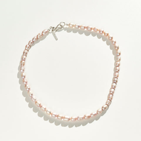 FRESHWATER PEARL NECKLACE IN PINK