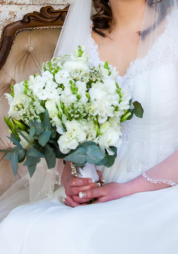 Bridal Bouquet | White Stylish Bouquet | Floral Designer | Flowers Direct