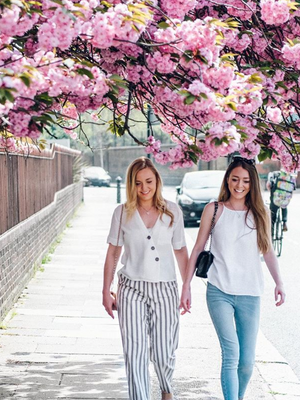 Sleep Habits: Sisters Lauren and Nicole founders of ARDERE