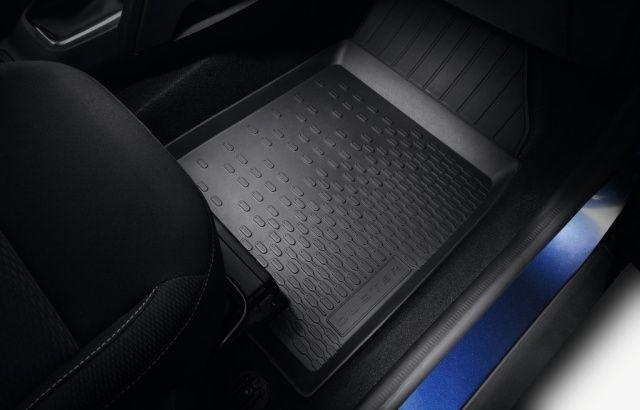 Dacia Duster II Rubber Floor Mats With Under Seat Drawer