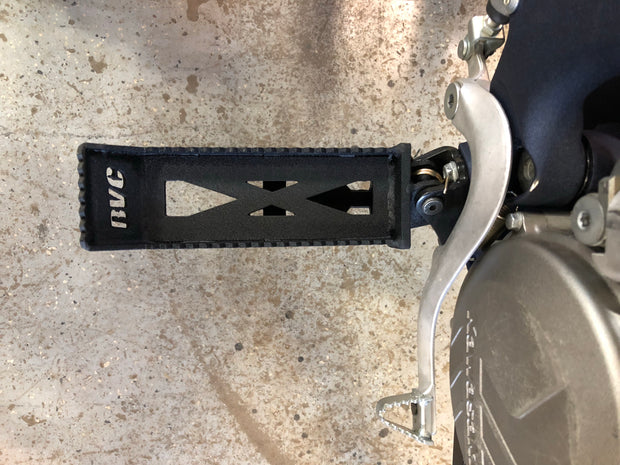 Trike conversion foot pegs
