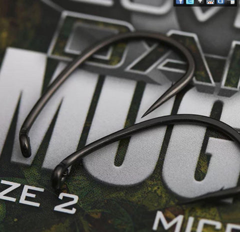 GARDNER COVERT DARK MUGGA HOOKS BARBLESS SIZE 6