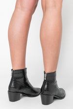 Glenn Studded Detail Cow Girl Boot In Black Faux Leather
