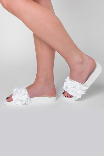 Cardi Ruffle Detailed In White Satin Sliders