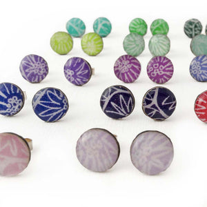 Anemone stud earrings, small: rare colours