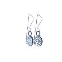 Load image into Gallery viewer, Drop earrings - Flux - with Anemone pattern