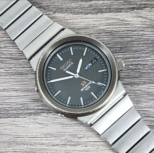 1985 Seiko SQ Sports 100 8123-7120 Quartz