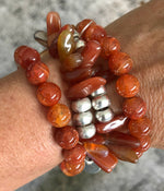 HAWAIIAN CHIP RED AGATE STRETCH BRACELET