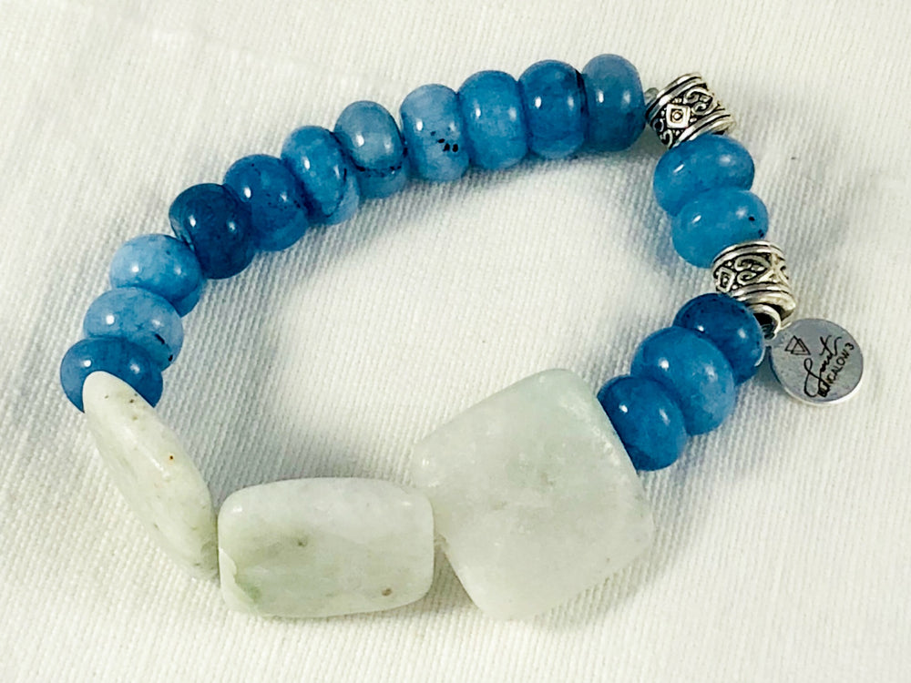 BLUE DYED MALAYSIA JADE AND NATURAL AMAZONITE STRETCH BRACELET