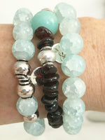 AQUA GLASS BEADED STRETCH BRACELET