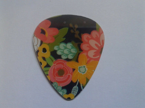 Cool Assorted Guitar Picks Recycled Gift Cards Credit Cards