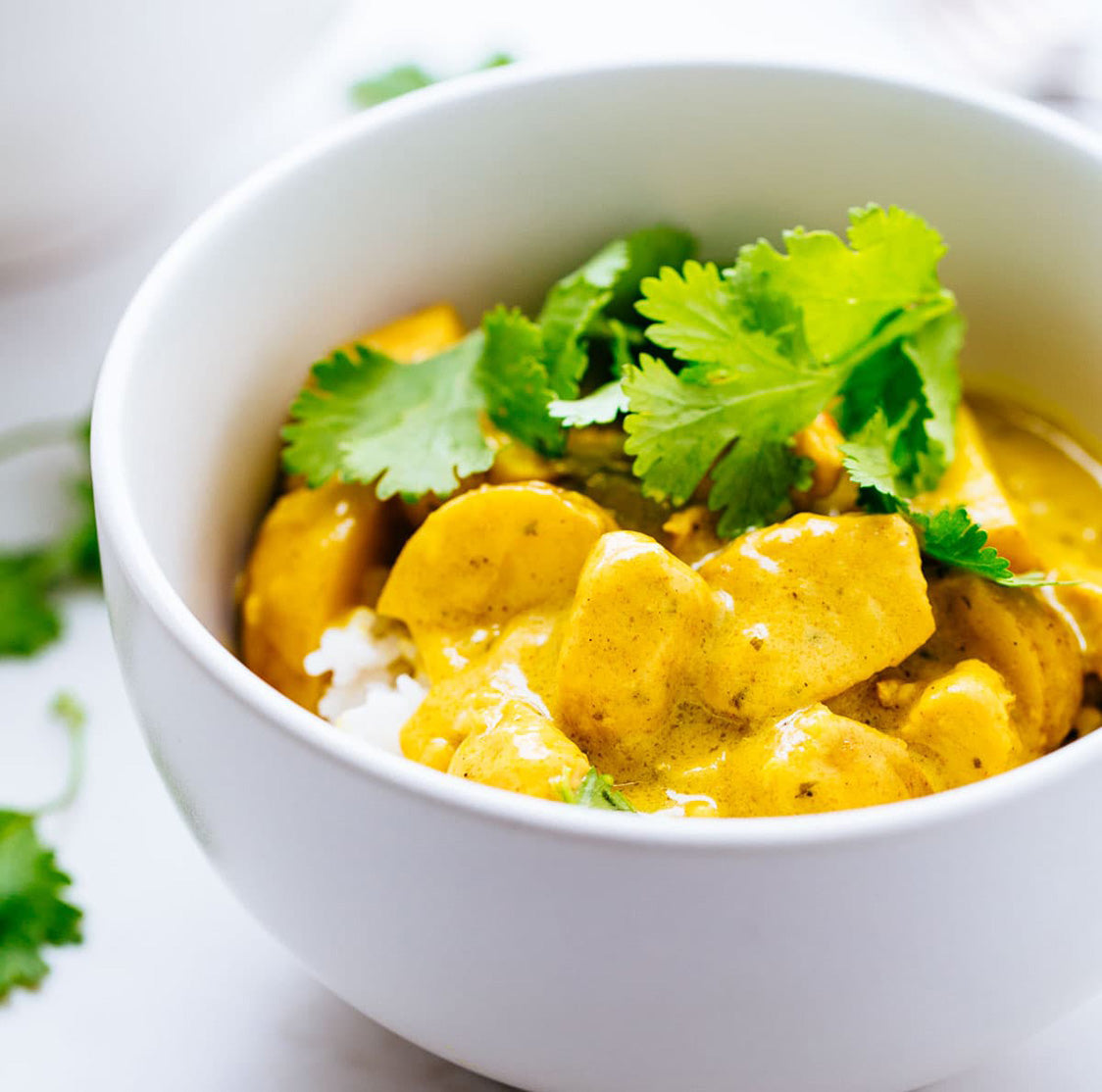 Turmeric Yellow Curry with Crushed Peanuts (Vegan)