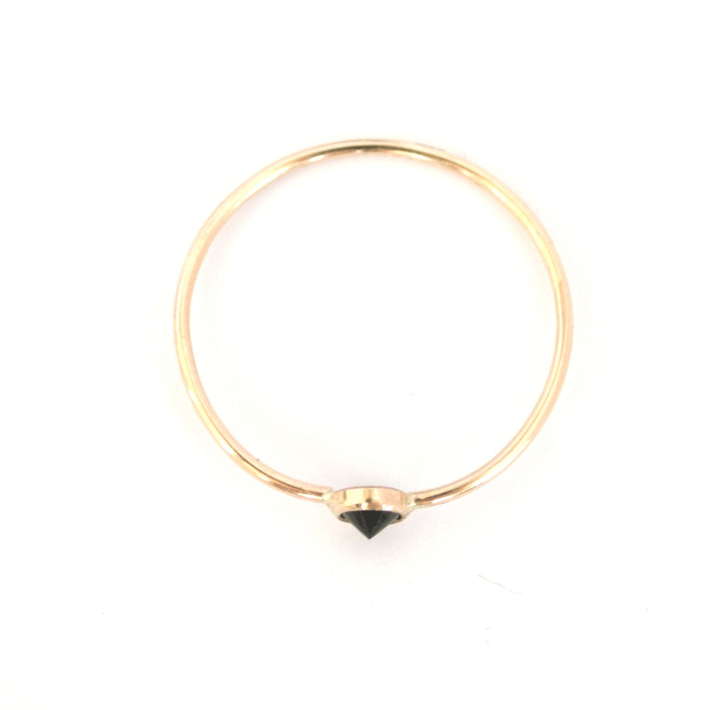 Favor Jewelry Black Stone Spike Stacking Ring