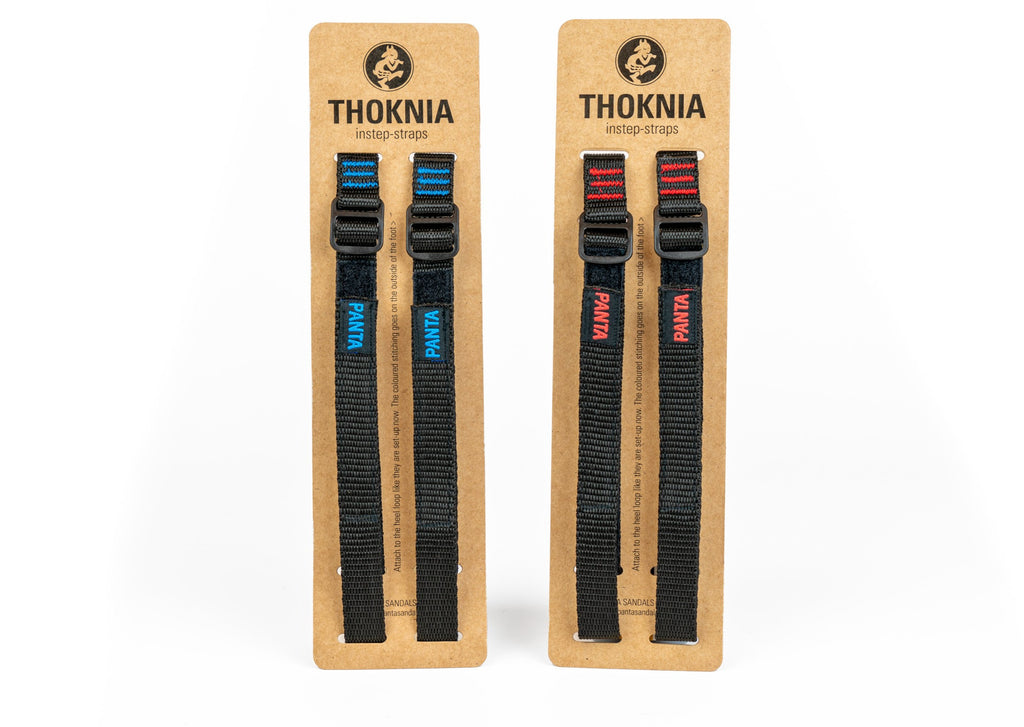 A set of Thoknia strap in blue and red