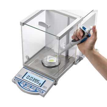 Accuris™ Analytical Balances image