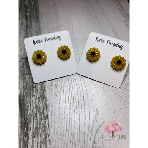 earrings,sassy-chic-clothing-boutique,Sunflower earrings,Willowing Rose Boutique! Formerly Sassy Chic Clothing Boutique