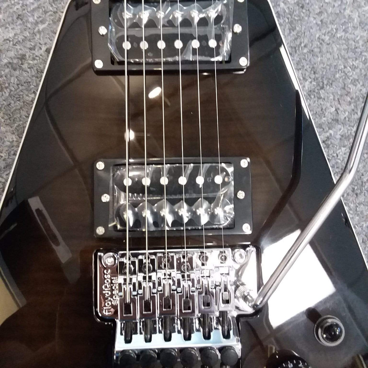 Dean V 79 Flame Top Floyd Rose Trans Black