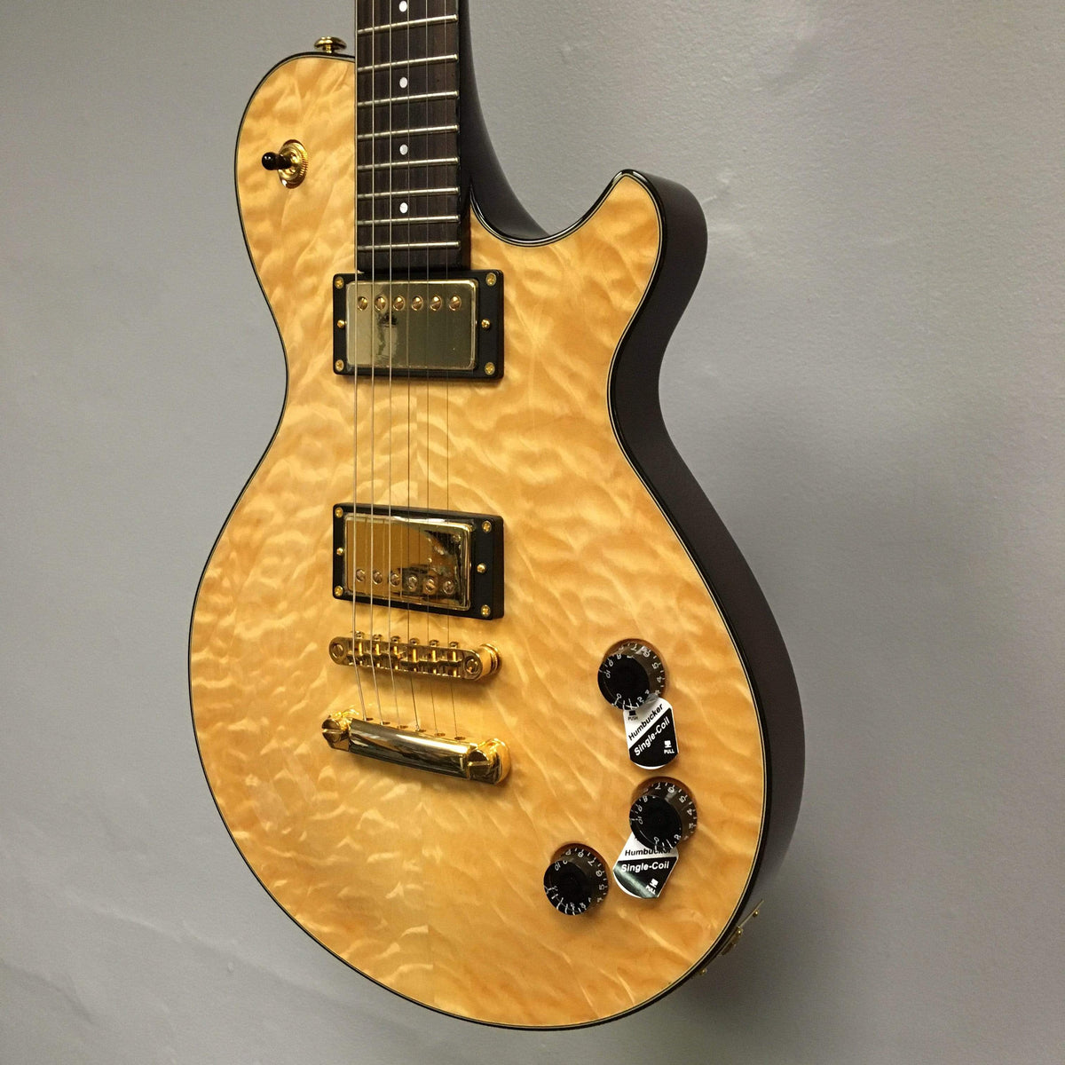 Michael Kelly GUITARS - ELECTRIC GUITARS Michael Kelly 20th Anniversary Patriot