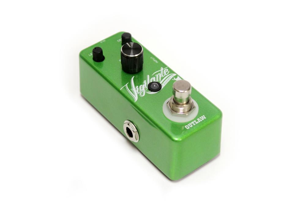 Outlaw EFFECTS PEDALS Outlaw Chorus Guitar Pedal