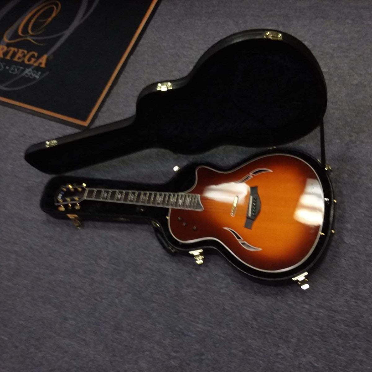 Taylor Unclassified Taylor T5 - C 2006 Customized w/ Piezo