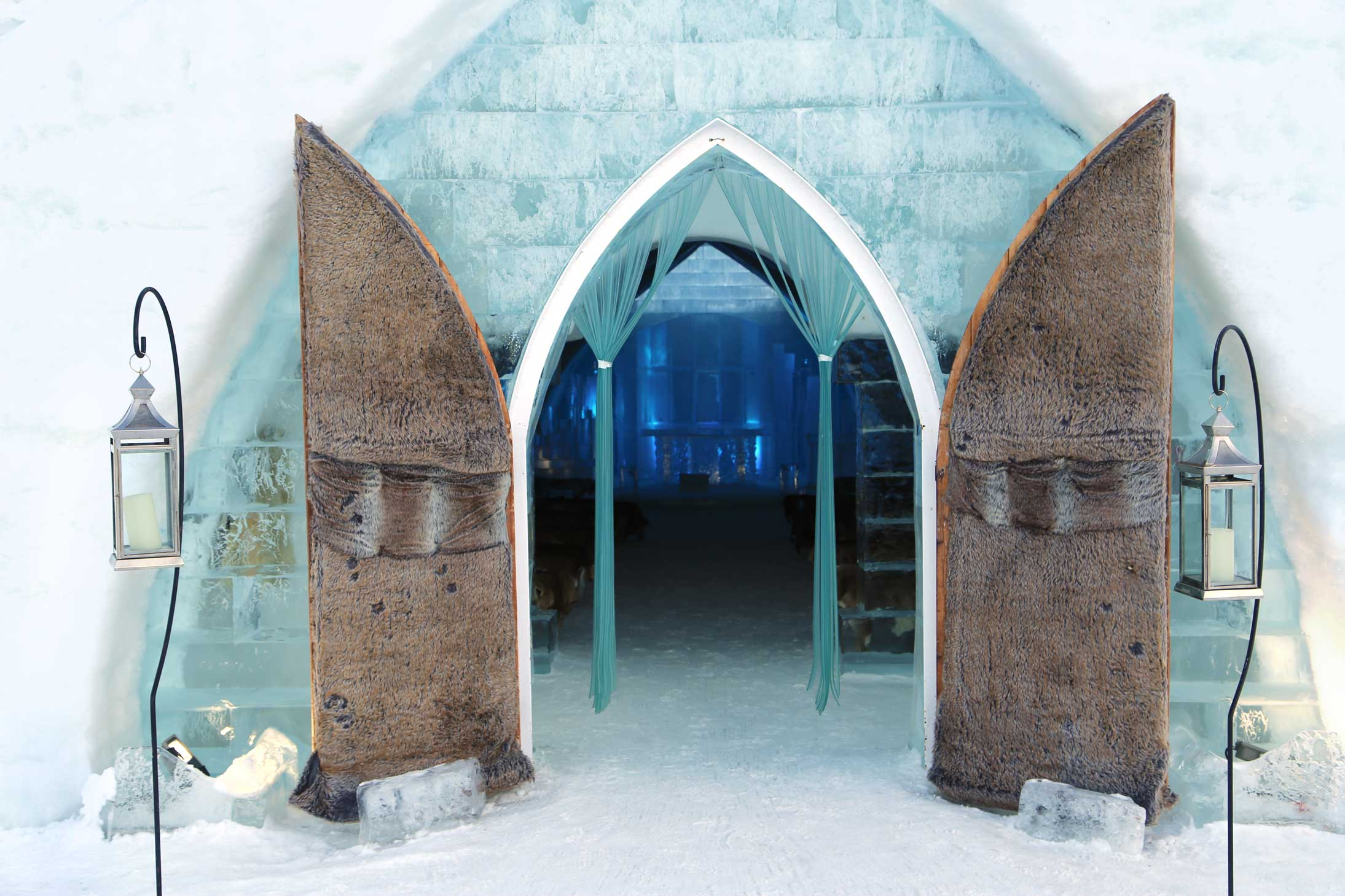 Canadian Ice Hotel Chapel