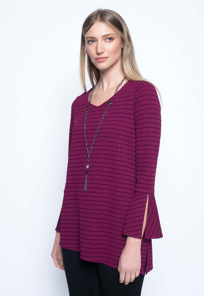 Asymmetric hem top with necklace mulberry