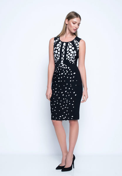 Sleeveless Dress With Black Trim