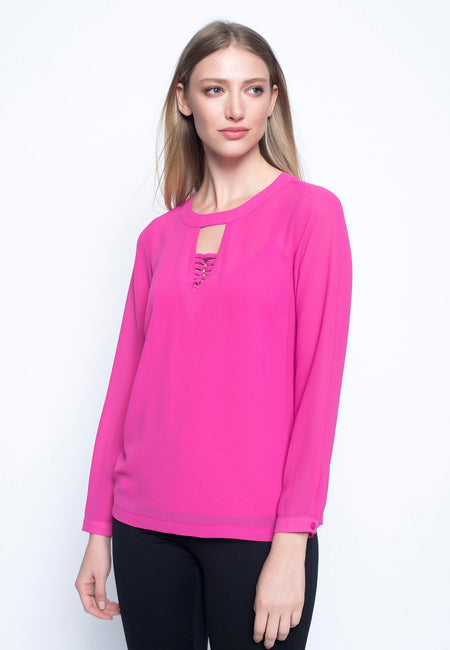 Ruffle Sleeve Top With Chain