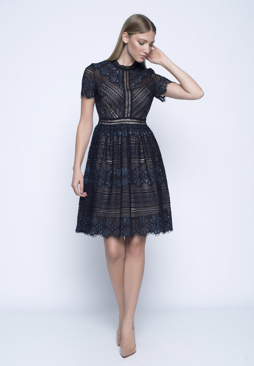 Lace Short Sleeve Dress With Trimming