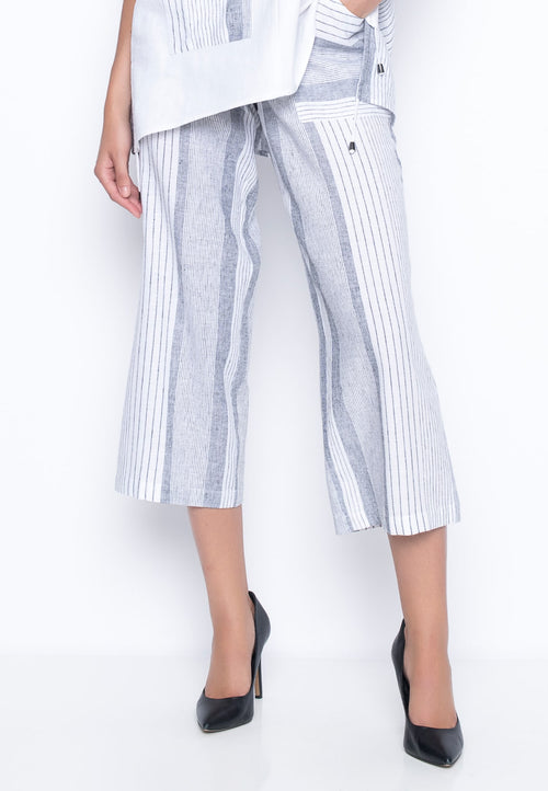 Wide Leg Pants With Pockets by Picadilly Canada