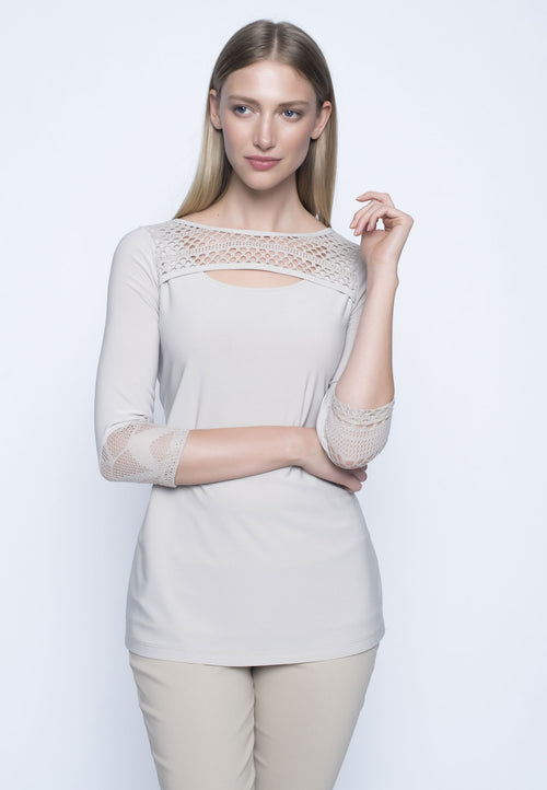 3/4 Sleeve Cutout Neckline Top