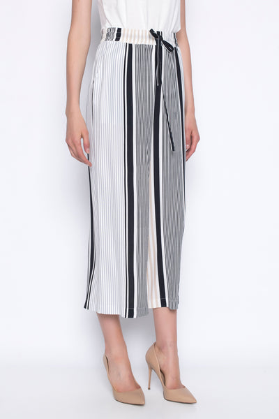 stripe wide leg pants with pockets at side