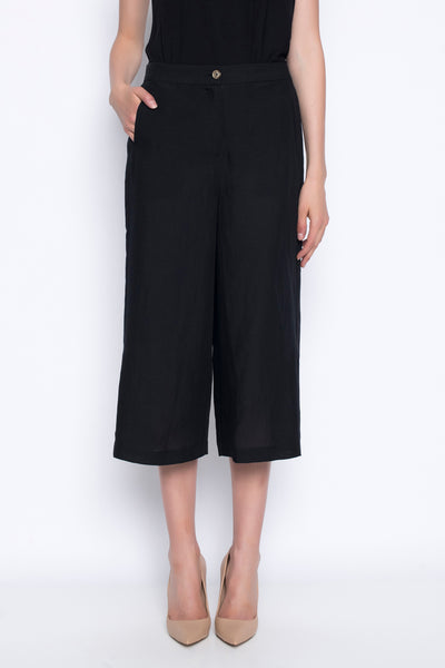 wide leg cropped pants with side slits in black