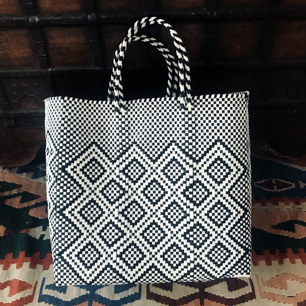 Mexico totes, Oaxaca tote, Oaxaca bags.handwoven from plastic
