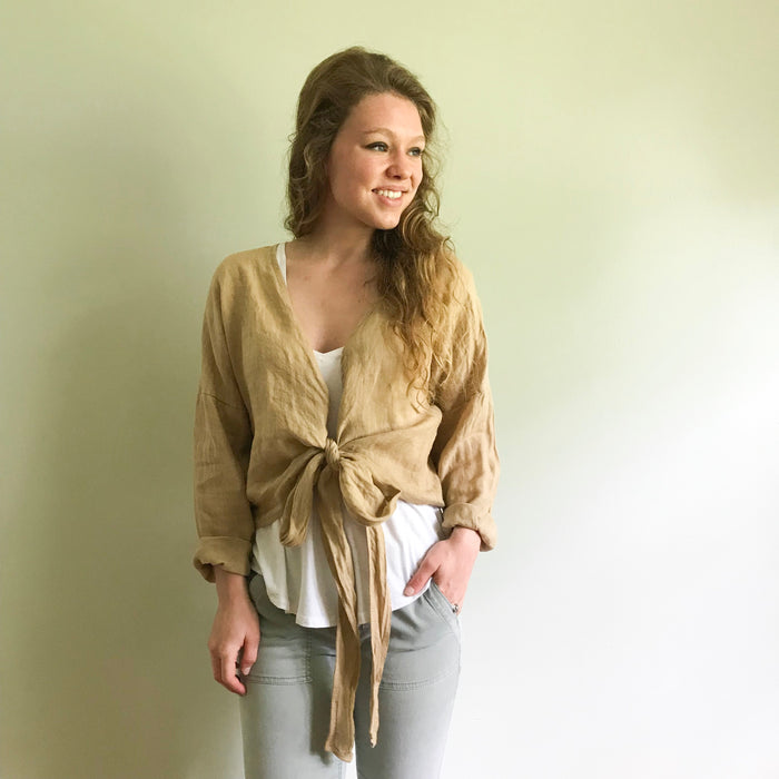 Dove twist cardi blouse