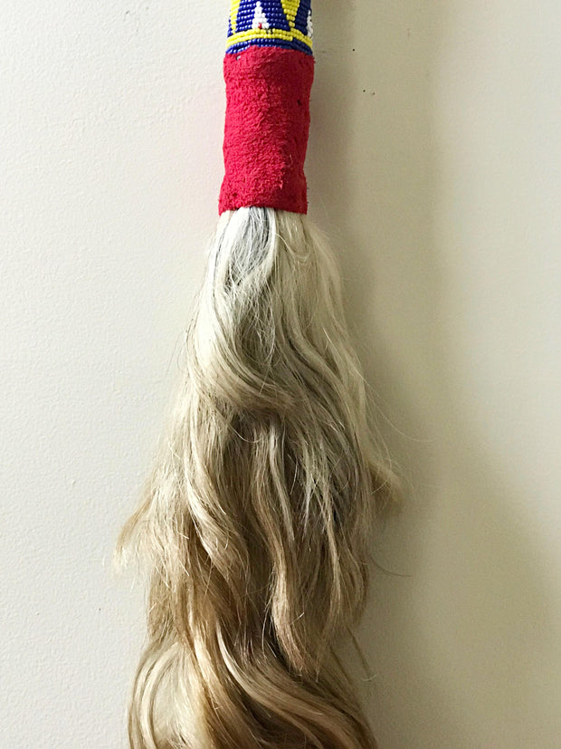 Beige horse tail hair bamileke tradition fly whisks - Cameroon - Afrilege
